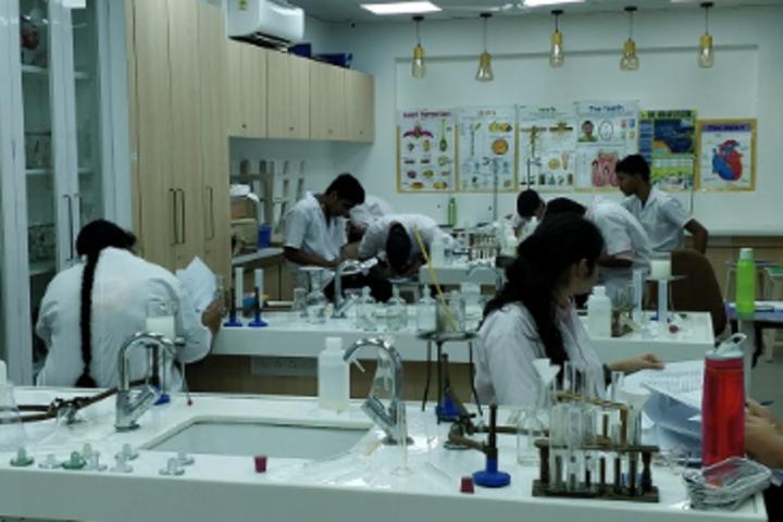 Billabong High International School-Science Lab