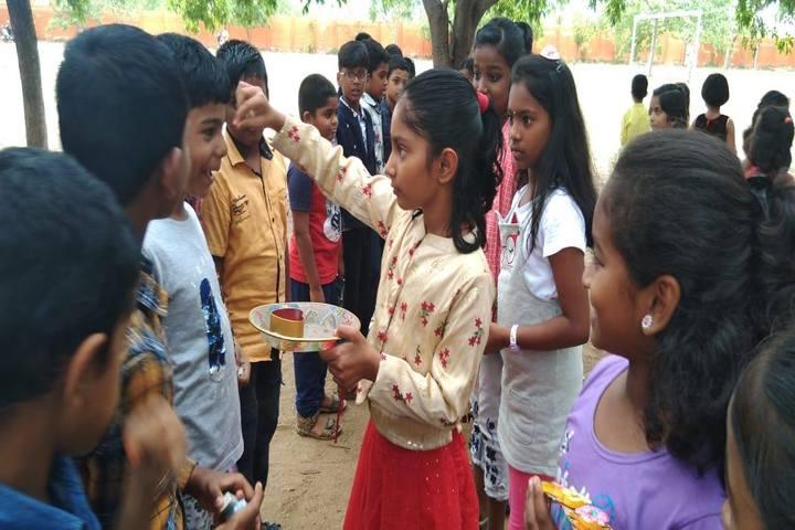 Vidhya Peetham i School-Raksha Bandan