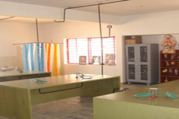 Gitanjali International School Bangalore-Physics Lab