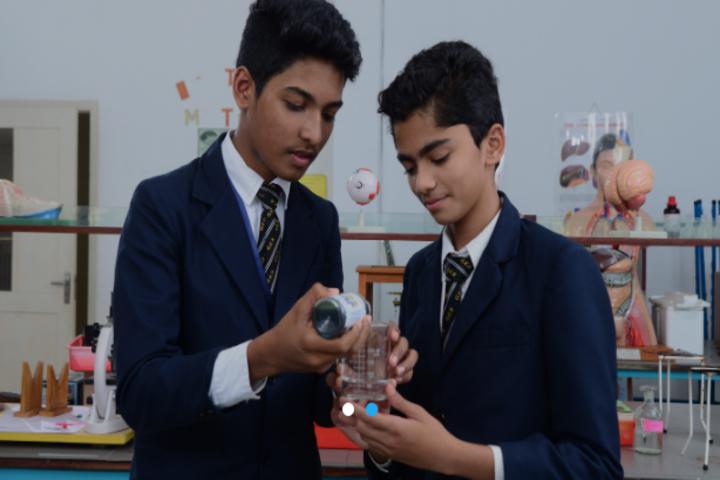 Global English School-Biology Lab