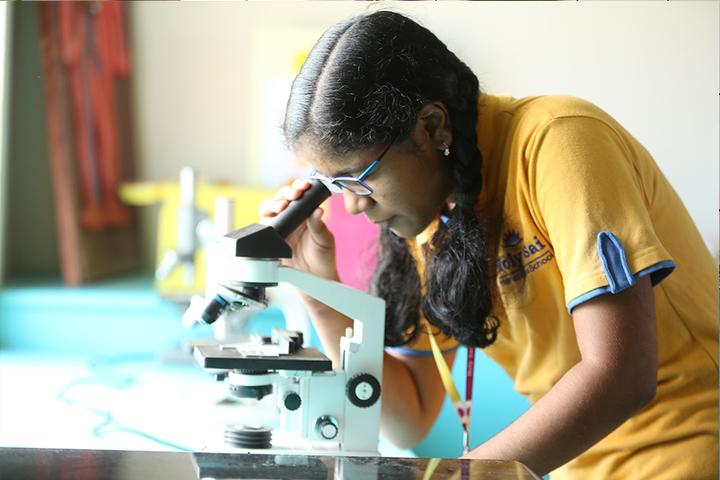 Holy Sai International School-Physics Lab