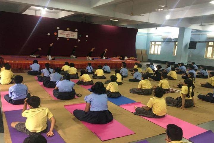 KGT International School-Yoga