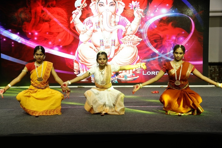 Meluha International School-Dance