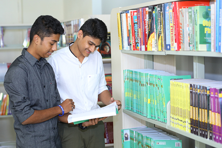 Meluha International School-Reading