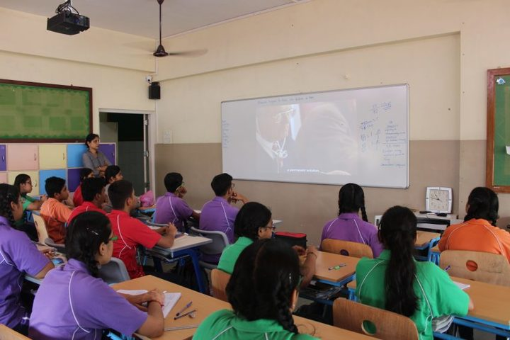 Savitridevi Hariram Agarwal International School-Class