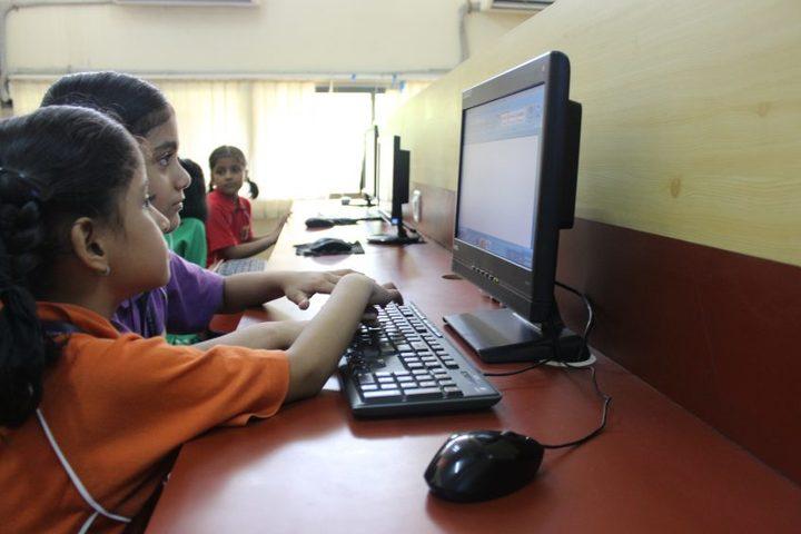 Savitridevi Hariram Agarwal International School-IT Lab
