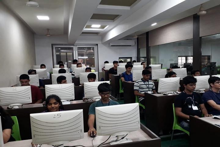 Thakur Vidya Mandir High School and Junior College-IT-Lab
