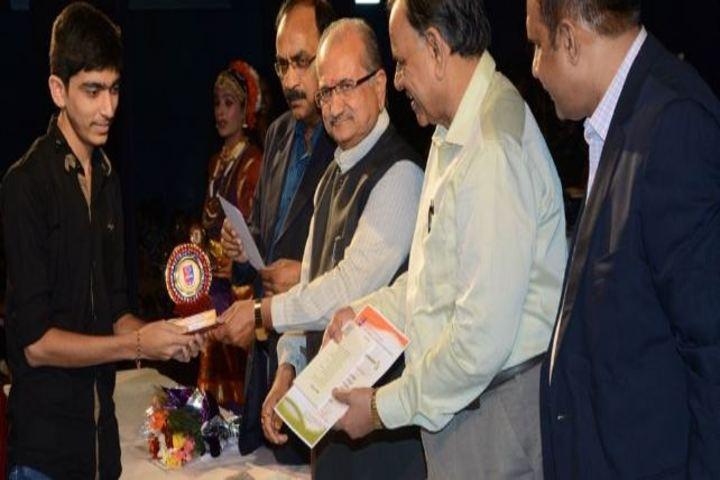 AG High School-Award