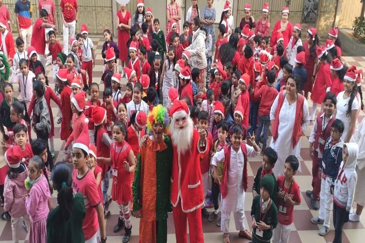 Som Lalit School-Christmas