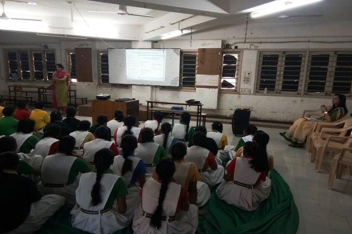 Som Lalit School-Class