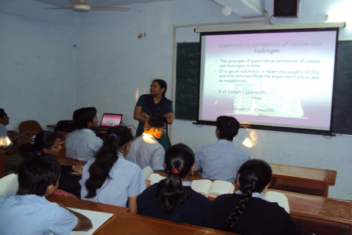 Rajasthan Hindi High School-Classroom