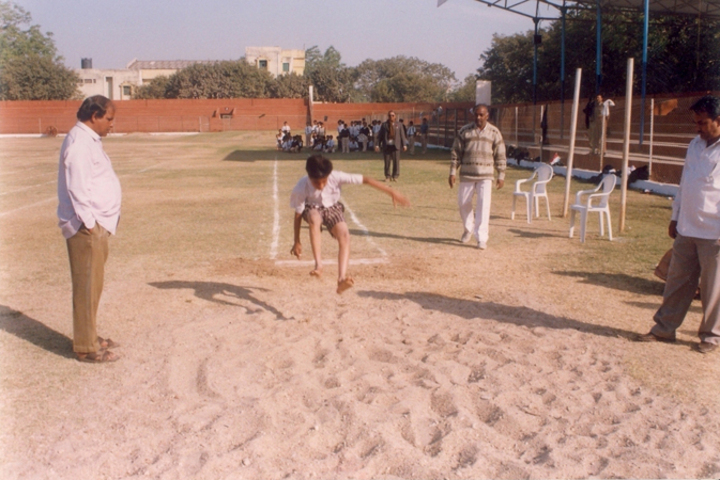 Rajasthan Hindi High School-Games