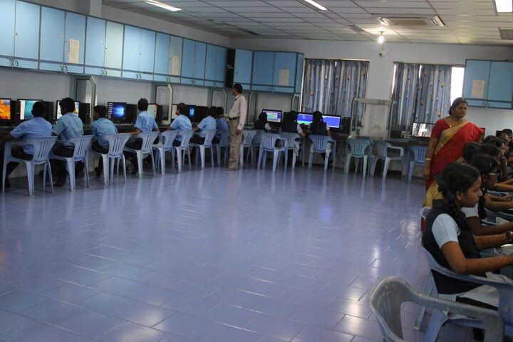 SBOA Matriculation Higher Secondary School-IT-Lab
