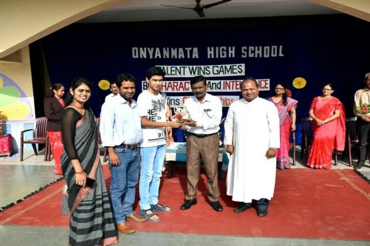 Dnyanmata High School-Felicitation