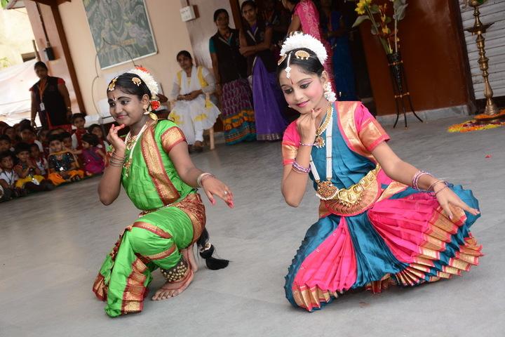 Jana Gana Mana English Secondary School-Dance