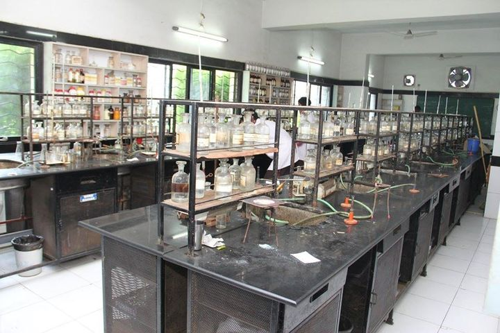 Abeda Inamdar Junior College for Girls-Chemistry Lab