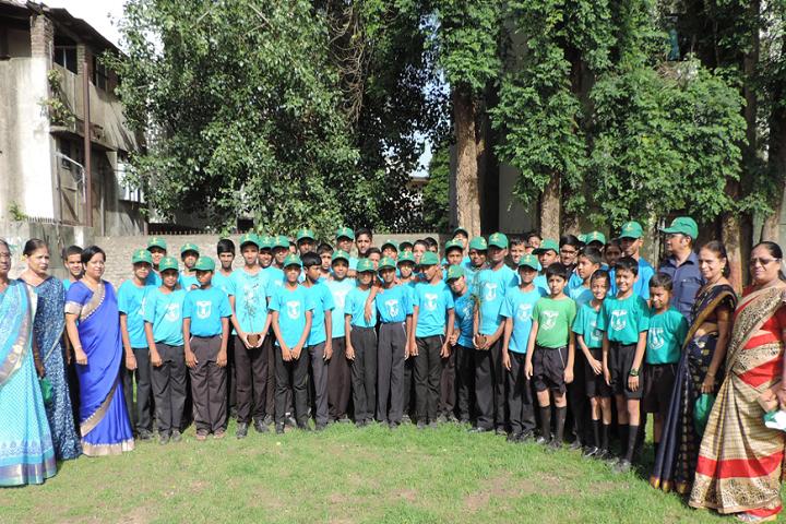 New English School-Group Photo