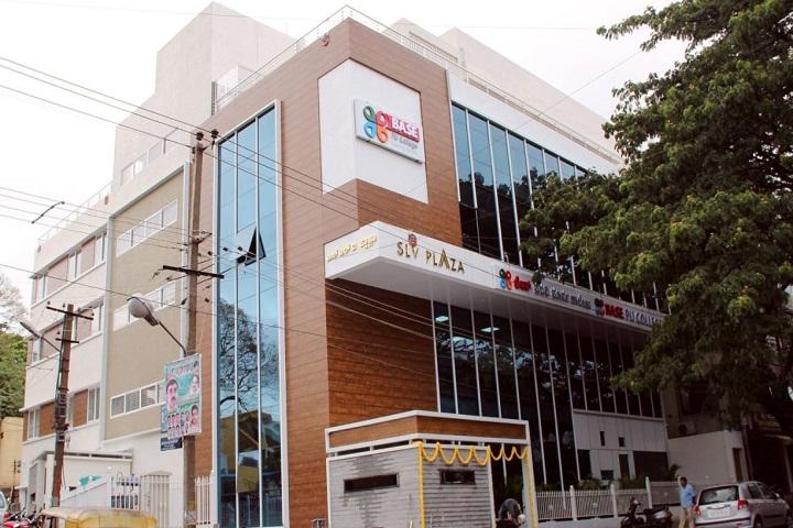 Base Pre-University College-Campus View