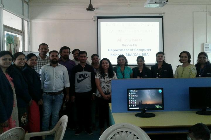 Rajmata Jijau Shikshan Prasarak Mandals Junior College-Computer Lab