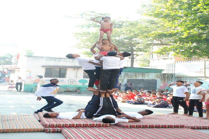 S S English Medium School-Human Pyramid