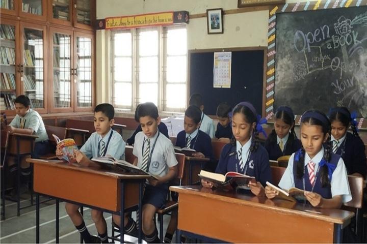 Acharya Shree Vijay Vallabh School-Library