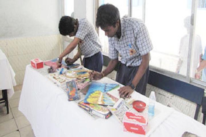 Hartley Higher Secondary School-Art and Craft
