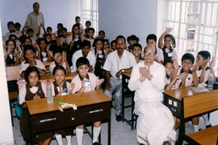 Niva Ananda Vidyalaya-Classroom