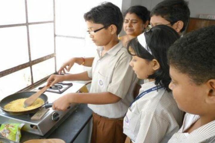 Niva Ananda Vidyalaya-Cooking Classes