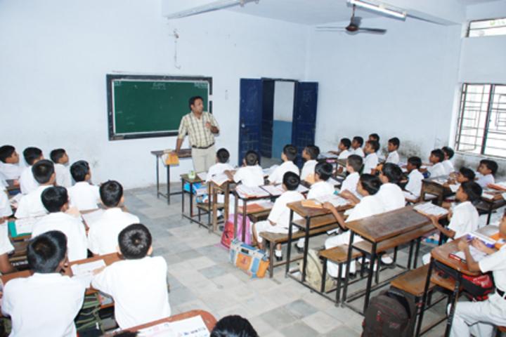 Jeevan Sadhana High School-Class