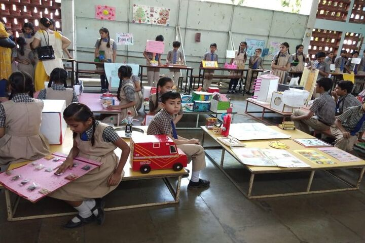 Jeevan Sadhana High School-Exhibition