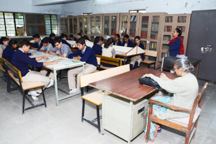 Jeevan Sadhana High School-Library
