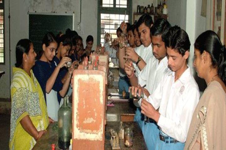 Mahatma Gandhi High School-Chemistry-Lab