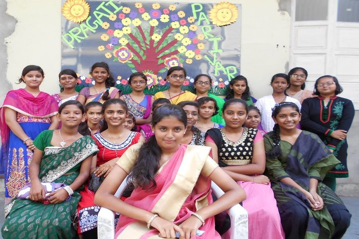 Pragati English Medim School-Teachers Day