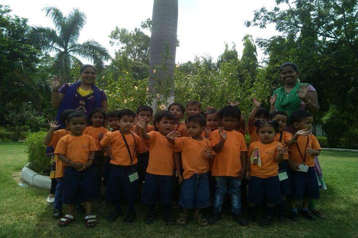 Pragati English Medim School-Yellow Day