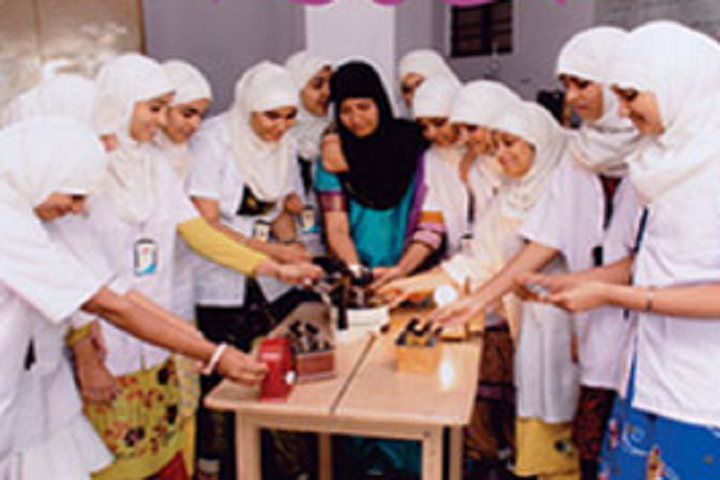 Jame Ul Uloom Pre University College for Girls-Physics Lab