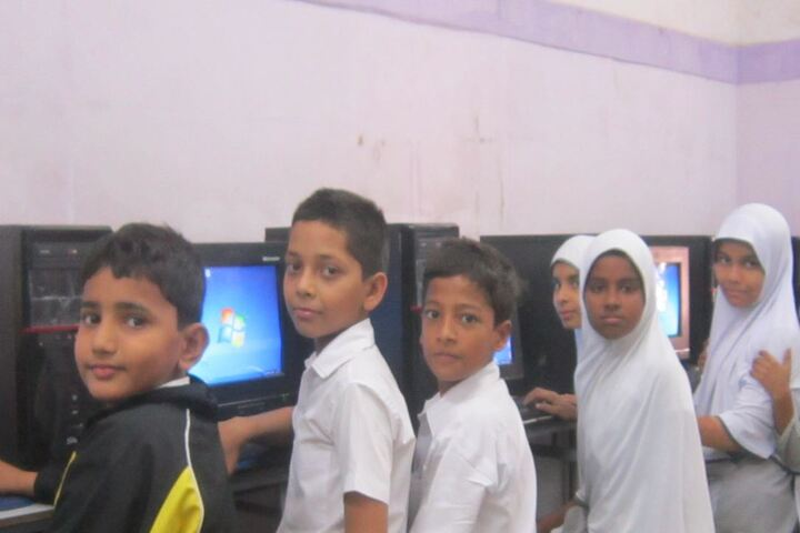 Anjuman I Islam s Badruddin Tyabji Urdu High SchoolComputer Lab