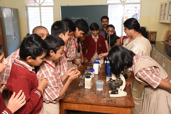 MES Kishora Kendra School-Chemistry-Lab