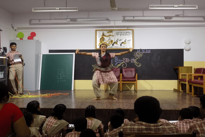 MES Kishora Kendra School-Dance
