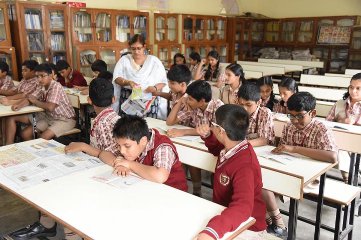 MES Kishora Kendra School-Library