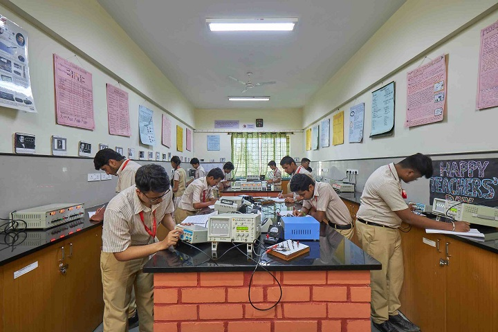 MS Ramaiah Composite Pre University College-Physics-Lab