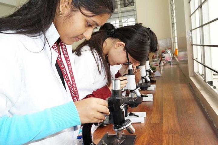 New Horizon Pre-University College-Biology-Lab