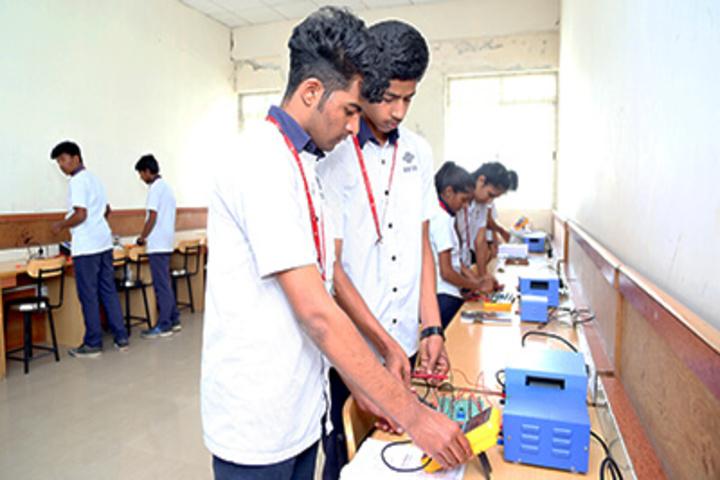 Reva Independent PU College-Maths Lab