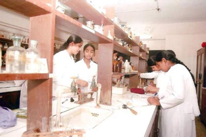 Anjuman I Islam S Saif Tyabji Girls High School And Junior College-Chemistry Lab