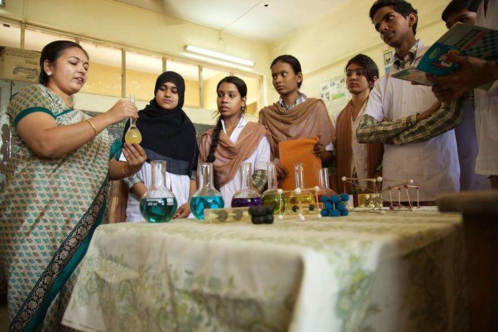 Anjuman I Islams Mustafa Fakih High School and Junior College-Chemistry Lab