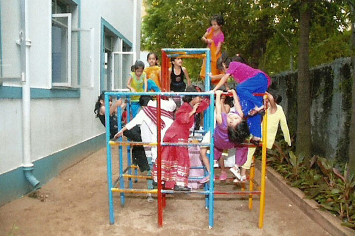 The Alexandra Girls English Institution-Play Area