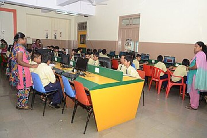 St Theresas Boys High School-Computer Lab