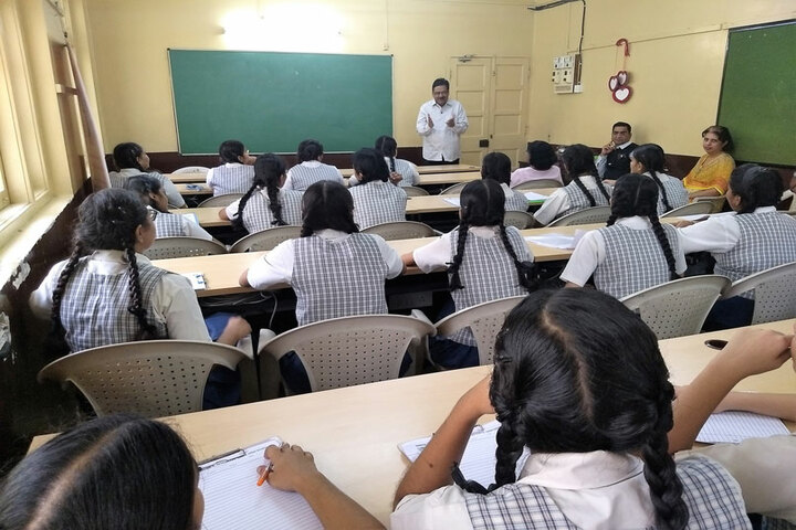 Bai Bhikhaijee Shapoorjee Bengallee Girls High School-Class Room