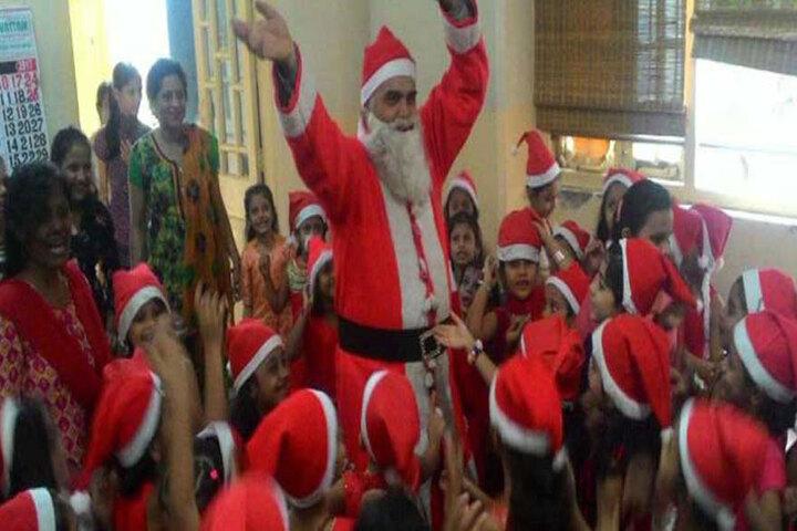 Bai M N Gamadia Girls High School-Christmas Day
