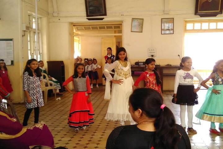 Bai M N Gamadia Girls High School-Fashion Show