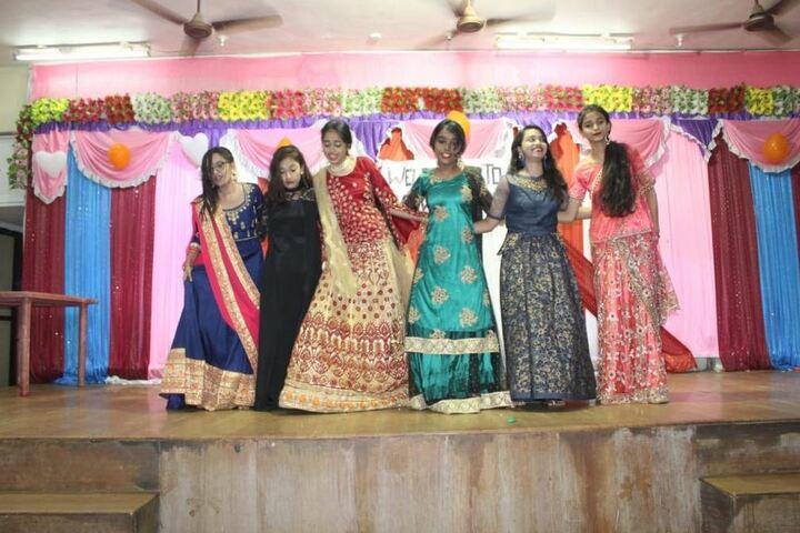 Bharat English High School and Junior College-Dance
